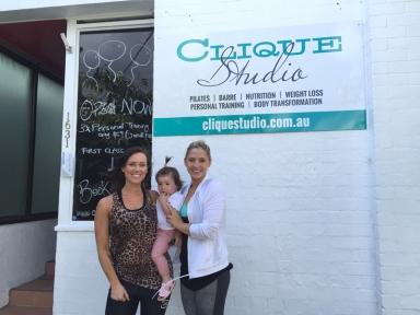Aleala and Elle at Clique studios