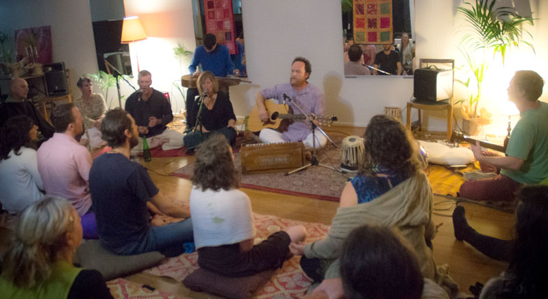 Kirtan-in-the-hills6