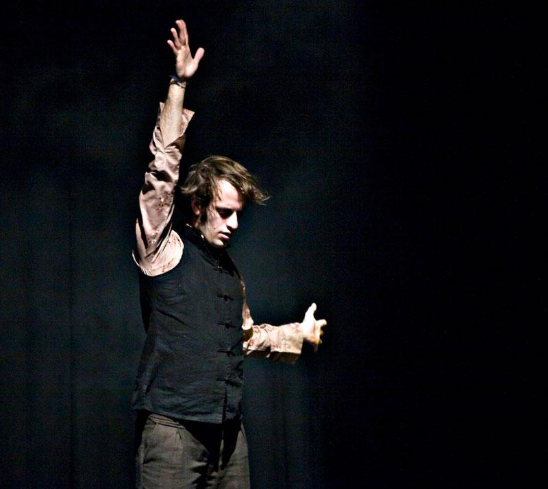 Gareth Hart dancing