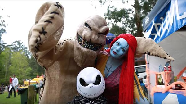 Halloween blue face